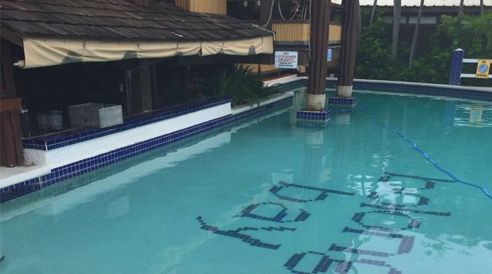 pool-bar-shot2