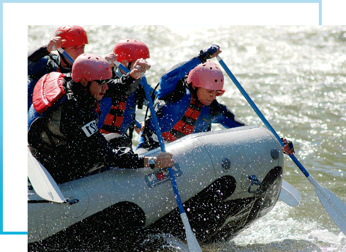 teamwork-rafting